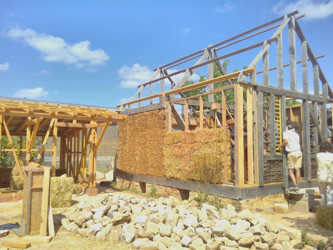 Maçon en éco-construction